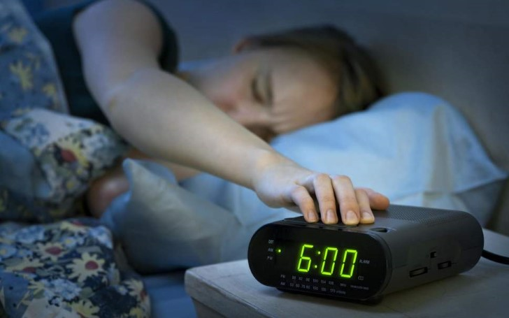 Bad News For Those Who Constantly Slam The Snooze Button - You Are Likelier To Be Sleepy and Hungover Longer Into The Day