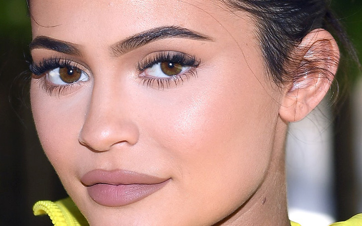 Kylie Jenner Announces The Launch Of Her 'KyBrow' Eyebrow Kits