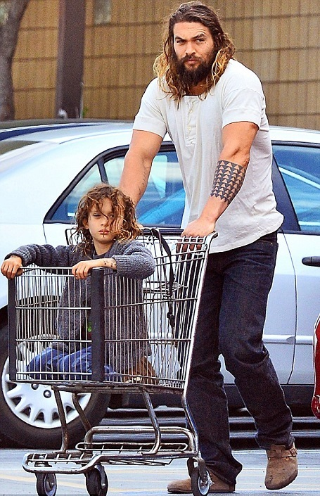 Jason Momoa S Son Nakoa Wolf Manakauapo Namakaeha Momoa What Is The Meaning Of His Name Glamour Fame