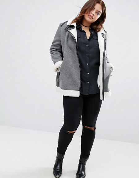 Faux Shearling Jacket has eye catchy design.