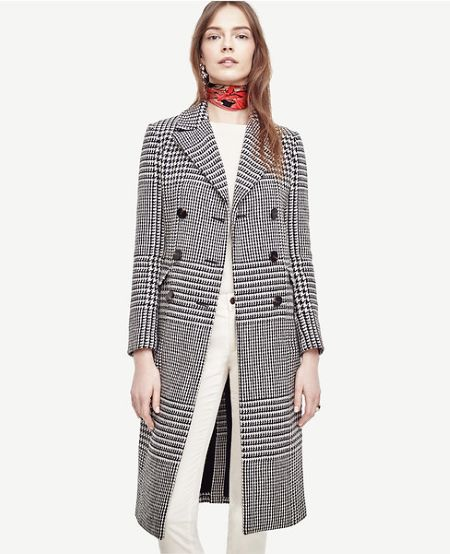 This coat goes well with even a choker.