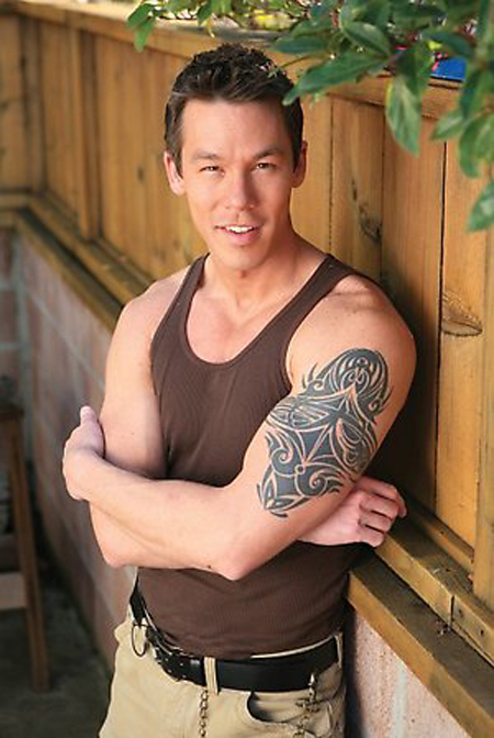 David Bromstad's Tribal Tattoos with Chinese Letters