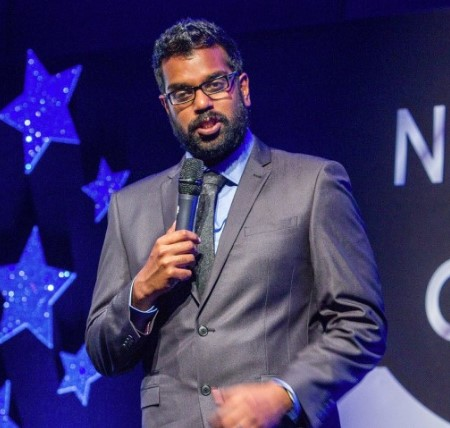 Romesh during his gig.