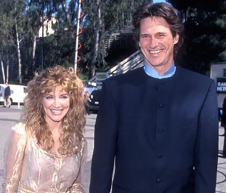 Billy Dean and Crystal Bernard were said to be in a relationship.