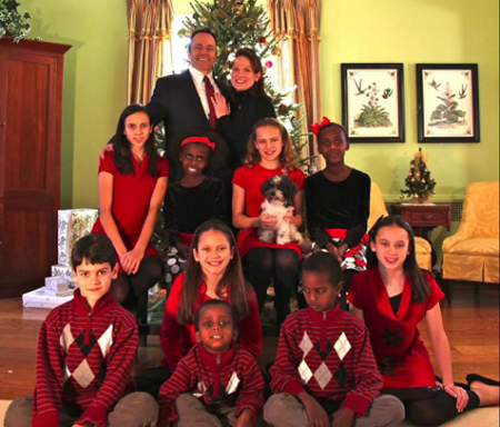 The Bevin Family with all nine kids.