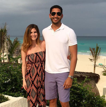 Kaitlan and Will were vacationing together in Cancun.