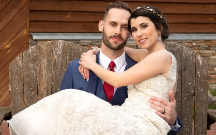 Amber Bowles of 'Married at First Sight' Gave Away her Wedding Dress