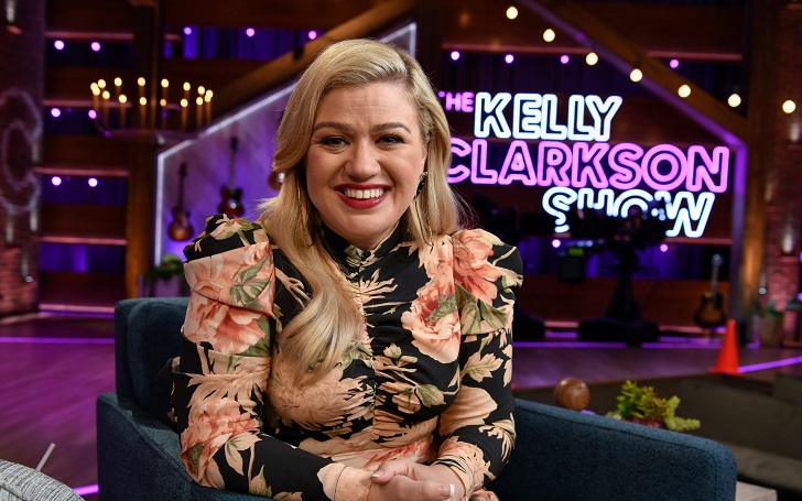 'The Kelly Clarkson Show' Is Renewed for a Second Season by NBCUniversal