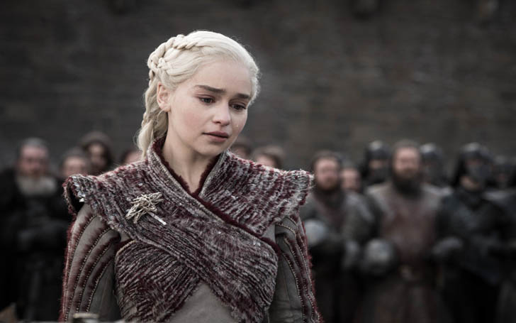 "Game of Thrones Actress Emilia Clarke was Pressured to get Nude to not Disappoint ""Thrones"" Fans"