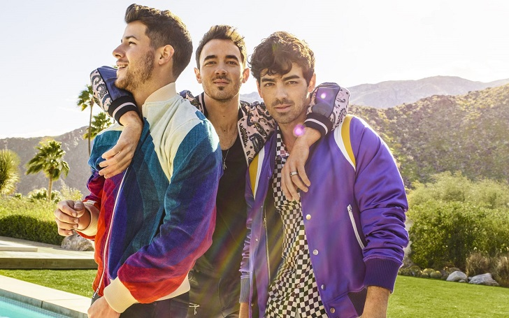 Jonas Brothers to Release a New Holiday Song 'Like It's Christmas' on Friday