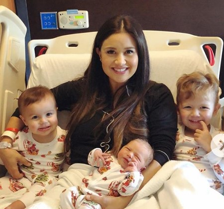 Sean Lowe and Catherine Giudici's three kids.