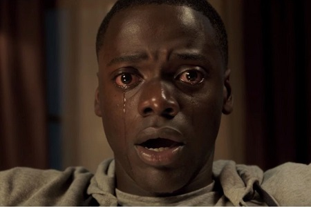 Daniel Kaluuya crying scene, he's really crying with reddish eyes.