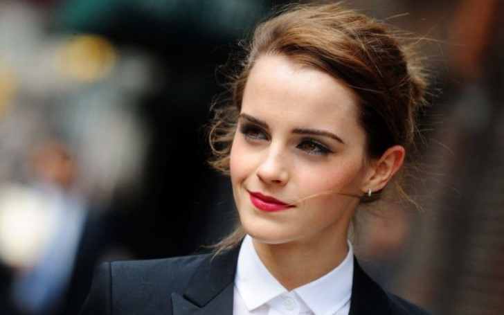 Emma Watson Plastic Surgery - Did She Get Breast Implants?