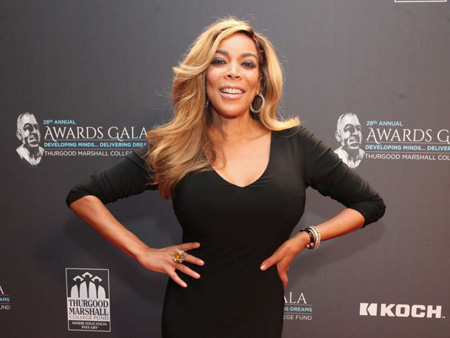 Wendy Williams seen at the red carpet of an award show.
