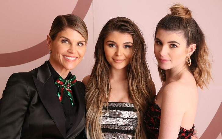 Lori Loughlin's Daughters Are In Complete Support Of Their Embattled Mother!