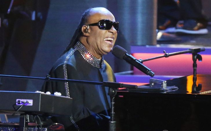 Stevie Wonder Revelas He Needs A Kidney Transplant After Falling Ill