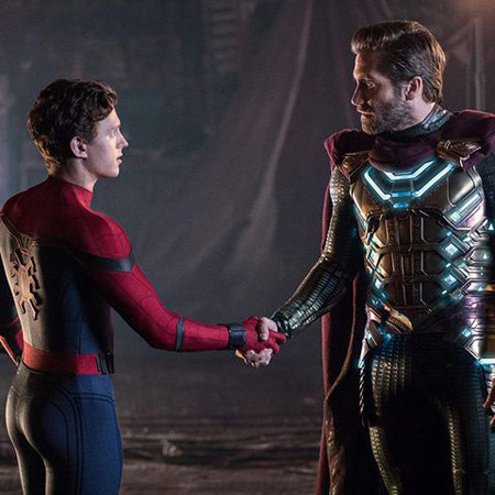Mysterio and Spider-Man shake hands.