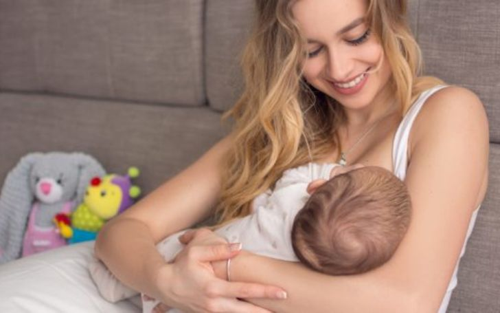 New Mothers are Selling Breast Milk on Facebook