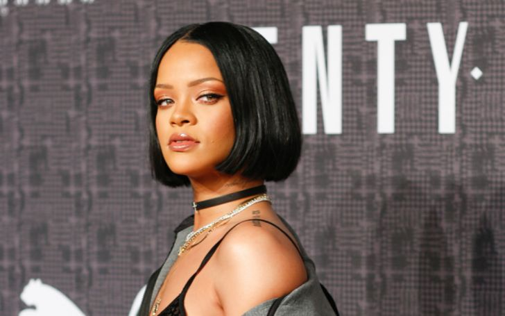 Rihanna Is Back On Her Lingerie Photo Tip - Check Out The Pictures!