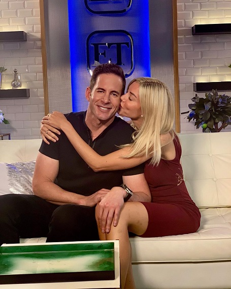 Tarek El Moussa got what was coming to him, a new lady to call his girlfriend.