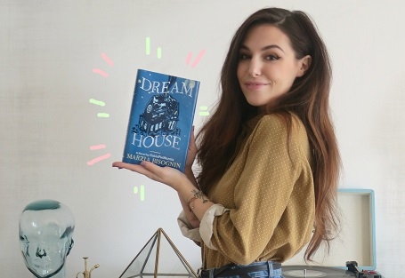 The first chapter of Marzia's book was posted on her blog.