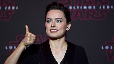 Daisy Ridley at a Last Jedi event.