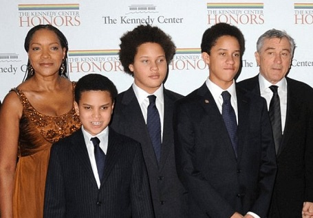 De Niro is with Hightower and his four sons.