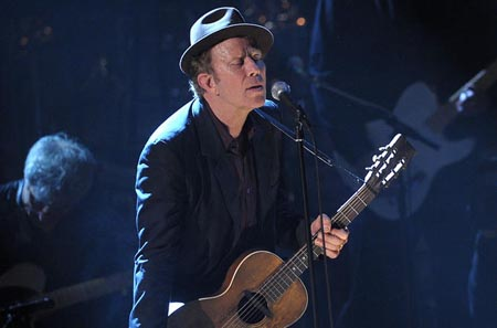 Tom Waits performing
