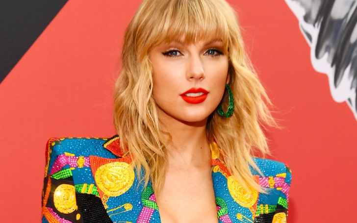 Taylor Swift Lands Her Sixth No. 1 Album On The Billboard 200 With 'Lover'