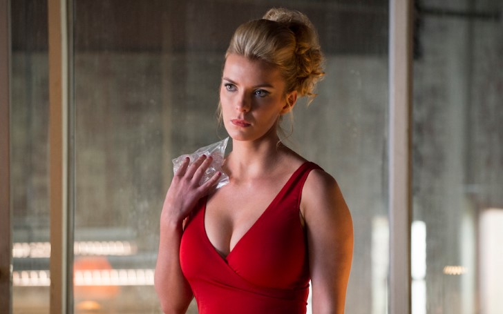 "Betty Gilpin Reacts to Cancellation of ""GLOW"" From Netflix"