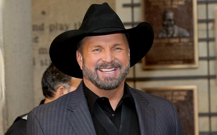 Garth Brooks Guest Hosts Ellen DeGeneres Show and Fans Weigh In His Hosting Skills