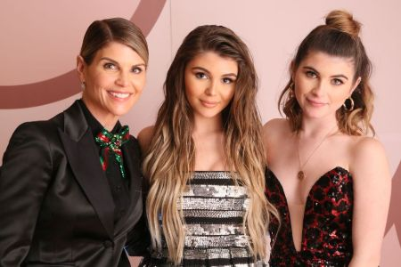 Lori Callahan and her daughters Olivia and Isabella