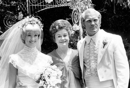 Terry Bradshaw married JoJo Starbuck on 1976.