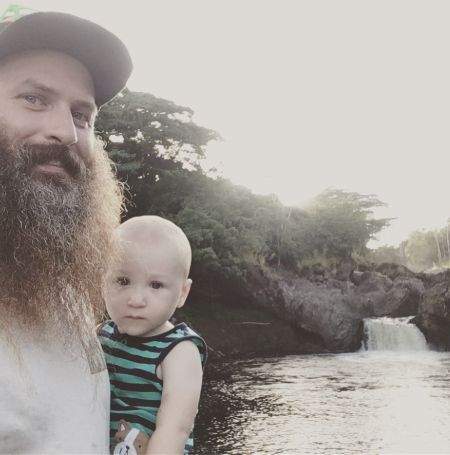 Matt Raney shares a cute son with his wife.