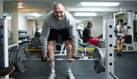 Tyson Fury lifting weight