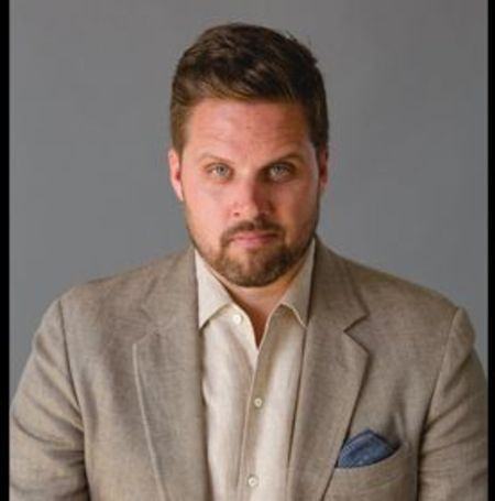 The entrepreneur and public speaker Nate Holzapfel wanted to bring change in the practice and brand recognition to belts which inspired him to create Mission Belts.
