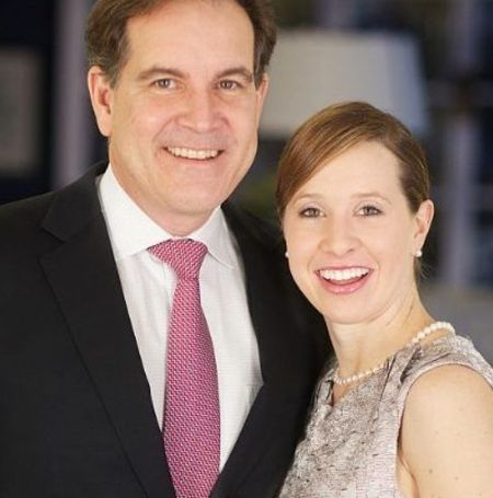 Courtney Richards is the second wife of the American sportscaster JIm Nantz.