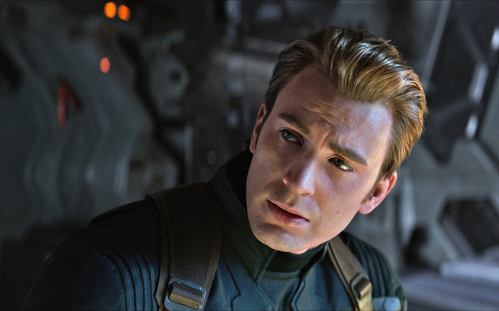 Chris Evans is Assembling the Original 'Avengers' for Charity Hangout