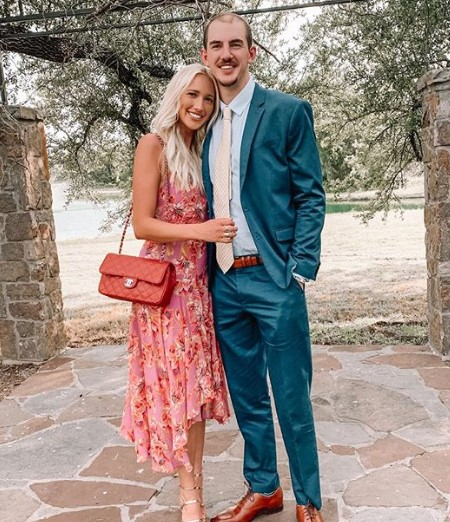 Alex Caruso's girlfriend in 2020.