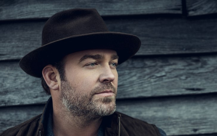 "Lee Brice's Single ""One of Them Girls"" Climbs the #1 Spot"