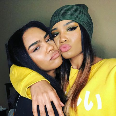 Lauryn McClain and her sister China McClain pose a picture.