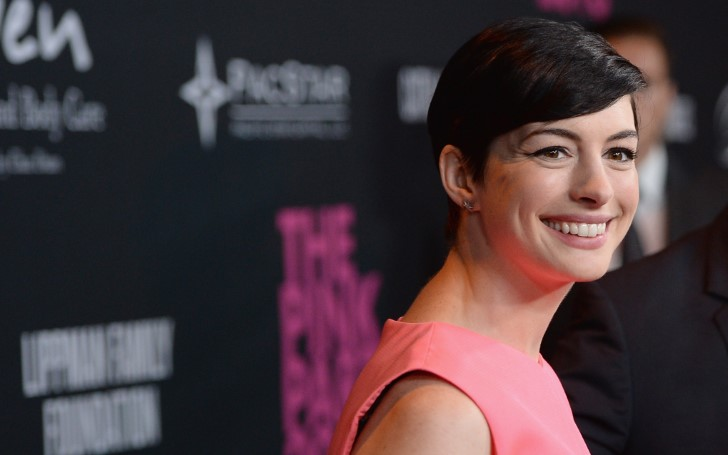 Anne Hathaway Turned Down Hosting The Oscars