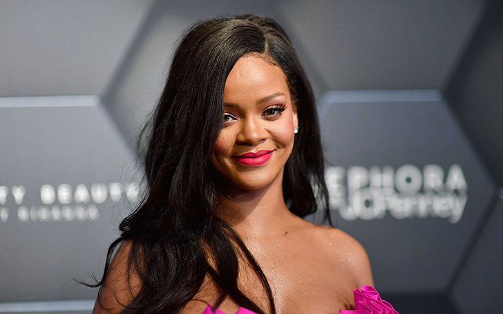 Rihanna Flaunted Her Legs During A Romantic Date With Boyfriend Hassan Jameel