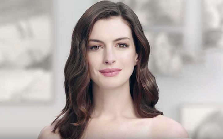 Anne Hathaway Reveals She Stopped Drinking For Her Son