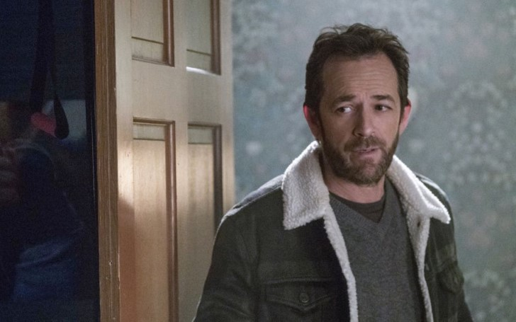 Luke Perry's Final Moments On 'Riverdale' Is Too Much To Handle For The Fans