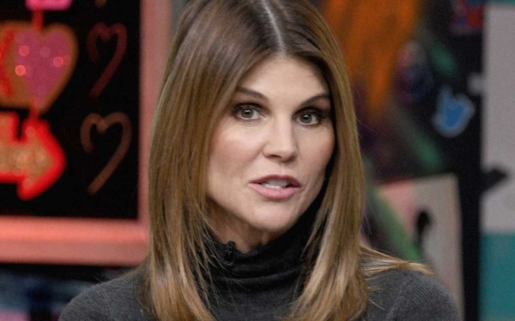 "Lori Loughlin ""Strongly Believes"" She Shouldn't Face Any Jail Time"