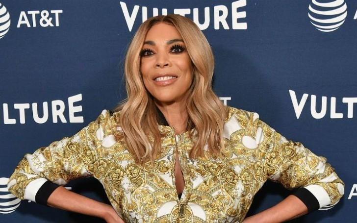 "Wendy Williams Takes Aim At Both Kelly Ripa And The Bachelor Blasting Their Feud As ""Stupid"""