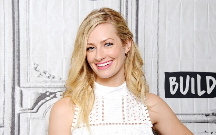 What Is Caroline Channing Actress Beth Behrs Net Worth? How Much Did She Make Per Episode Of 2 Broke Girls?