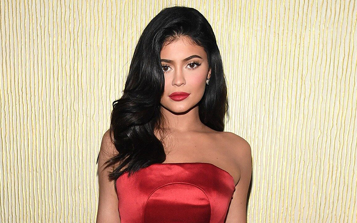 Kylie Jenner Hosted An Amazing Handmaid's Tale-Themed Party