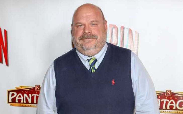 Jessie star Kevin Chamberlin is Alive and Well; Was Subject of Celebrity Death Hoax